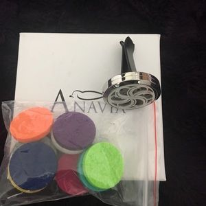 anavia Other - Anavia Essential Oil Car Vent Diffuser